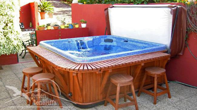 tenerife finca la gaviota jacuzzi piscina. Black Bedroom Furniture Sets. Home Design Ideas